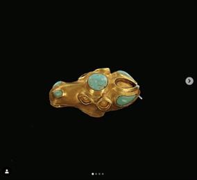 Невероятная красота - Голову верблюда из золота выкопали из-под земли в Астраханской области