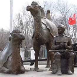 «Надо вперёд идти, немец отступает!» А верблюды — пьяные: боевые «корабли пустыни» в Великую Отечественную войну